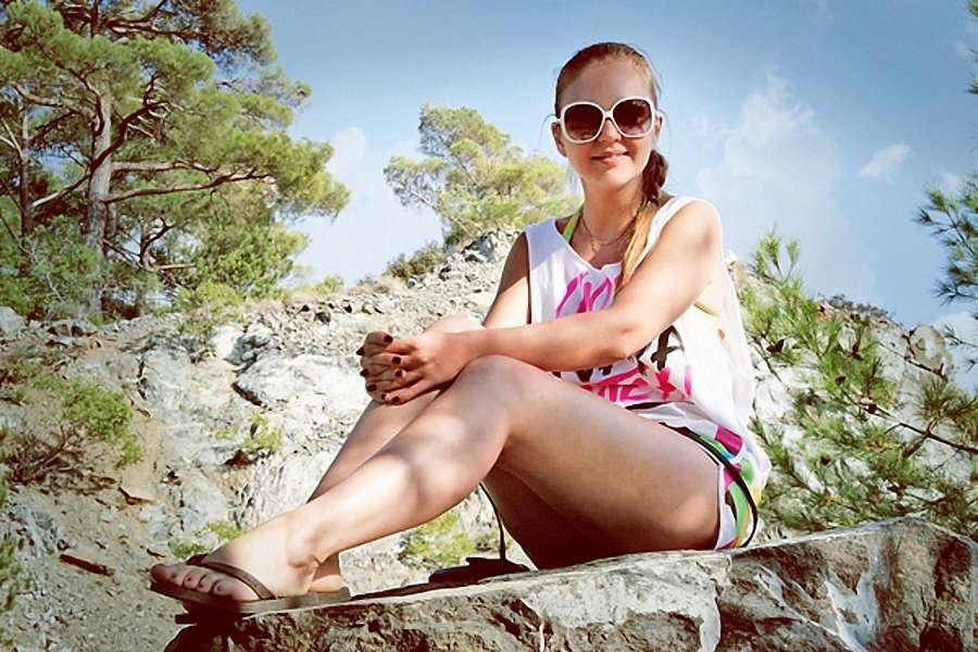 Marina Devyatova Feet