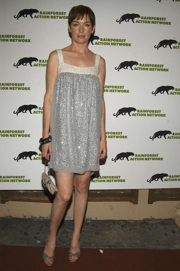 Julianne Nicholson Feet
