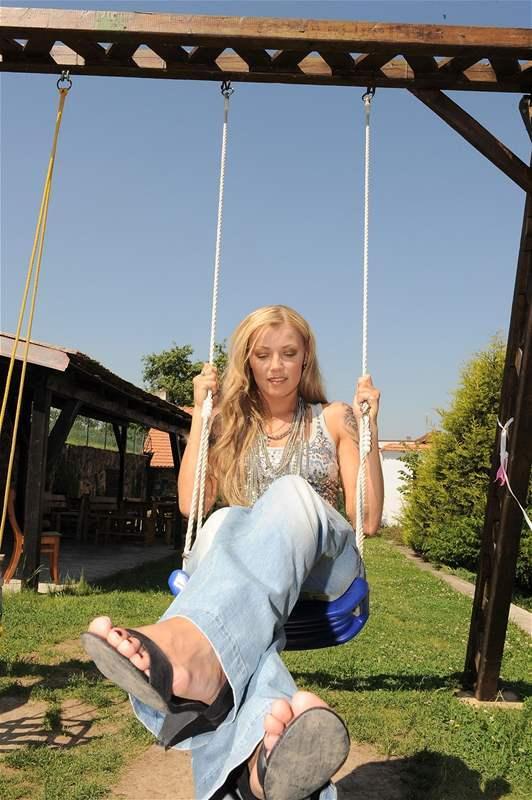 Helena Zetova Feet