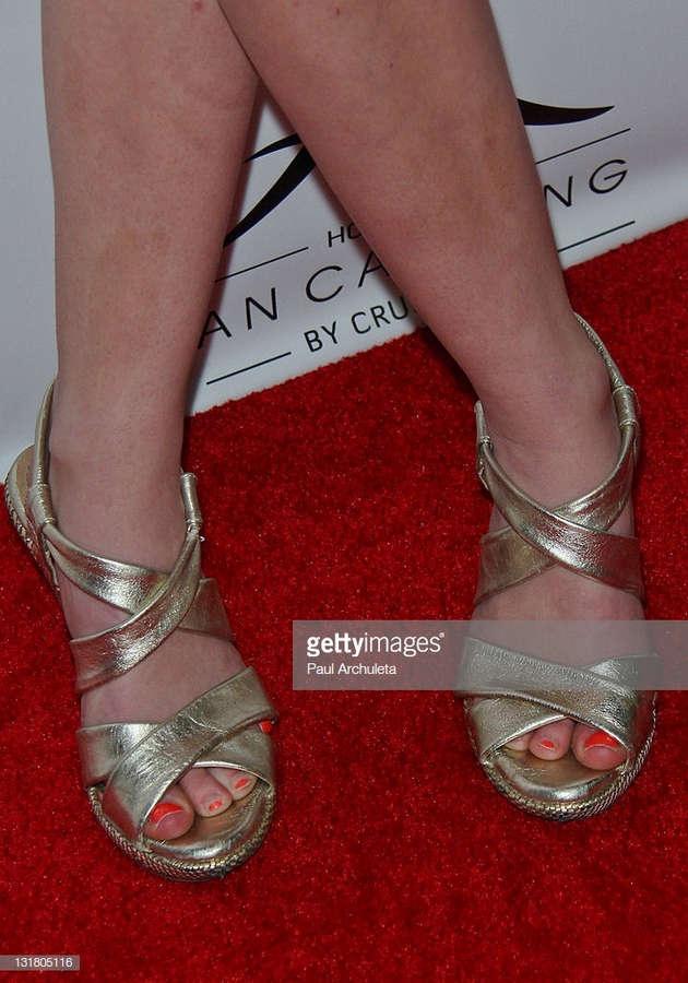 Laura Wiggins Feet