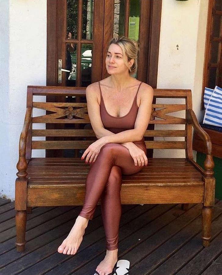 Leticia Spiller Feet