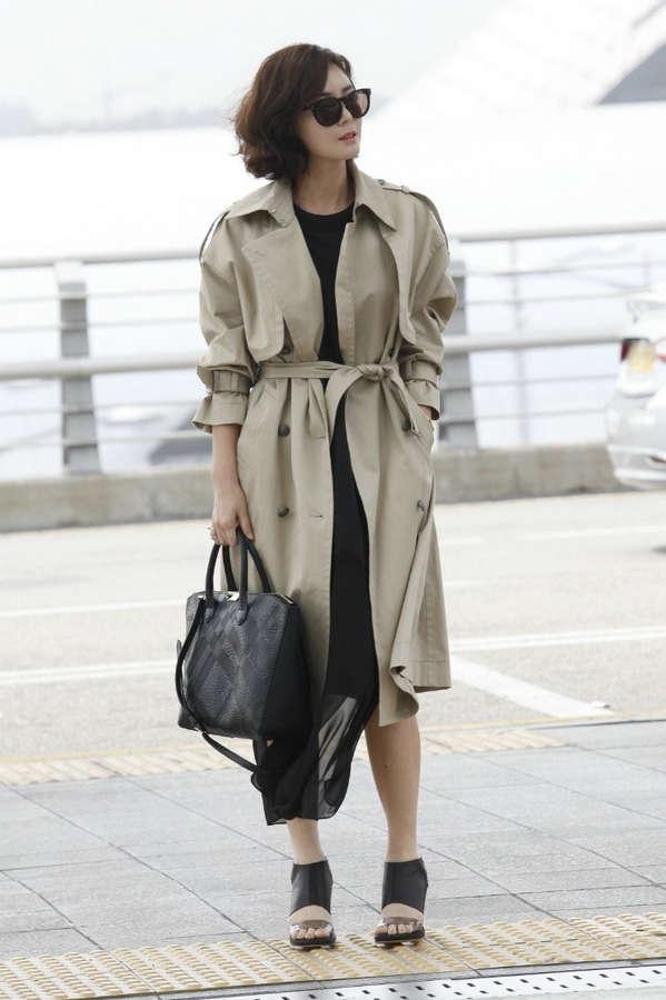 Sung Ryung Kim Feet