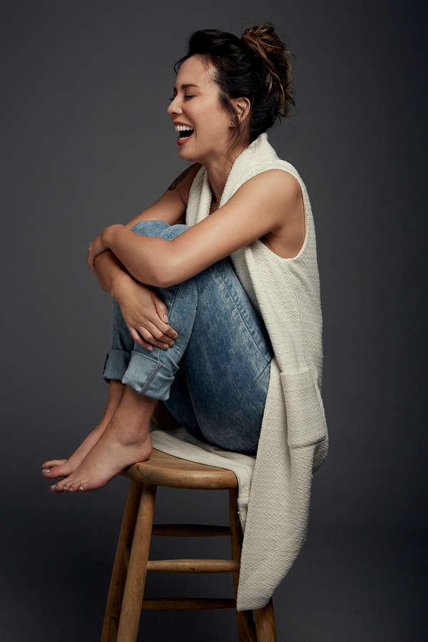 Lexa Doig Feet (1 photo) - celebrity-feet.com