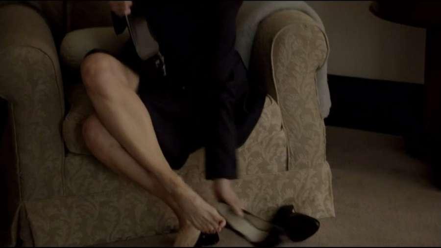 Laila Robins Feet
