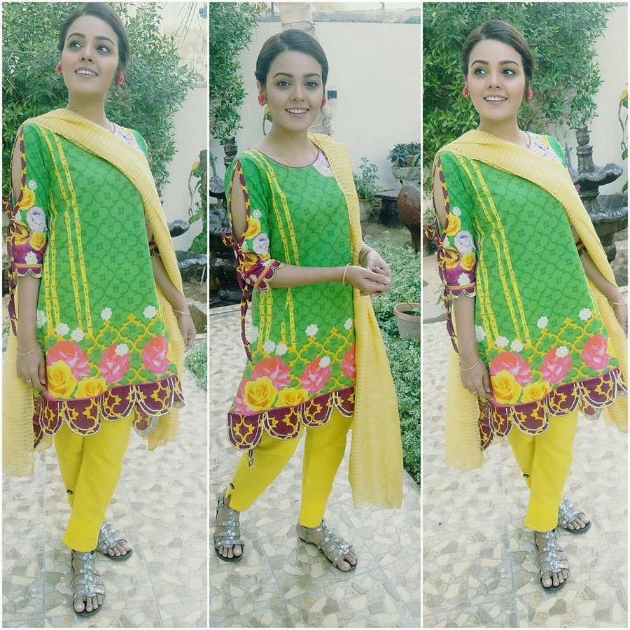 Isha Noor Feet