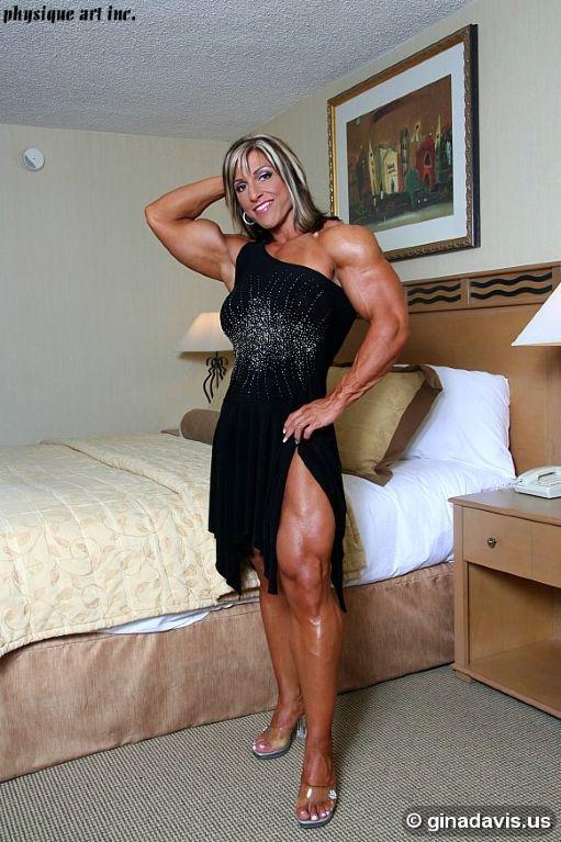 Gina Davis Feet