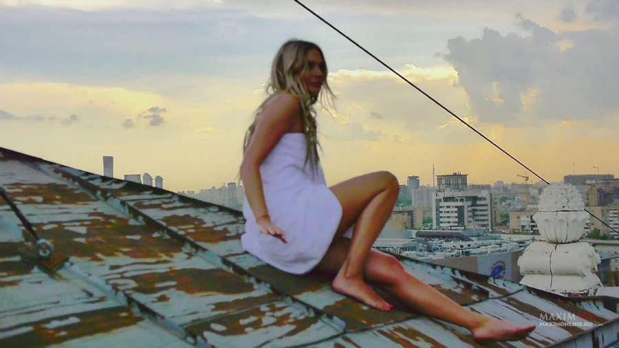https://celebrity-feet.com/wp-content/uploads/cdn3953/natalya-rudova-feet-10-images-002.jpg