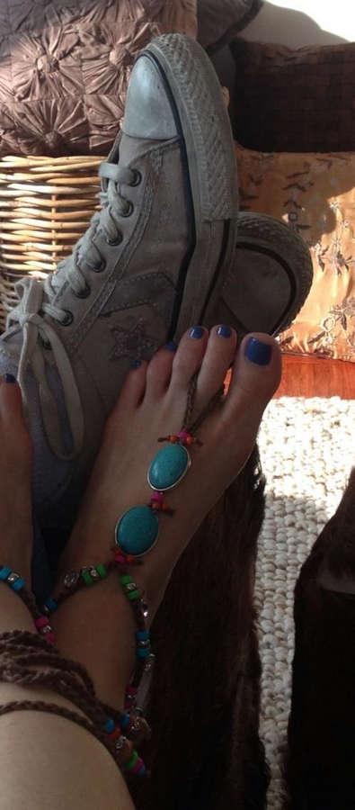 Alicia Minshew Feet