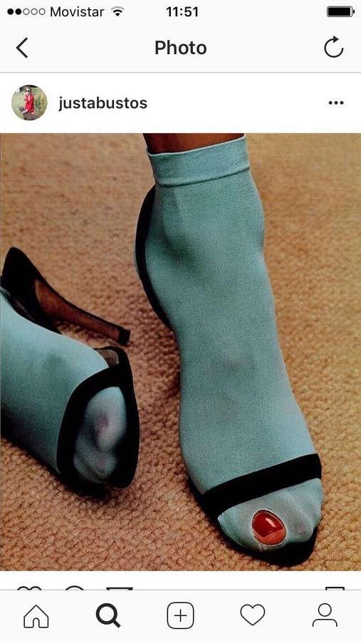 Justina Bustos Feet