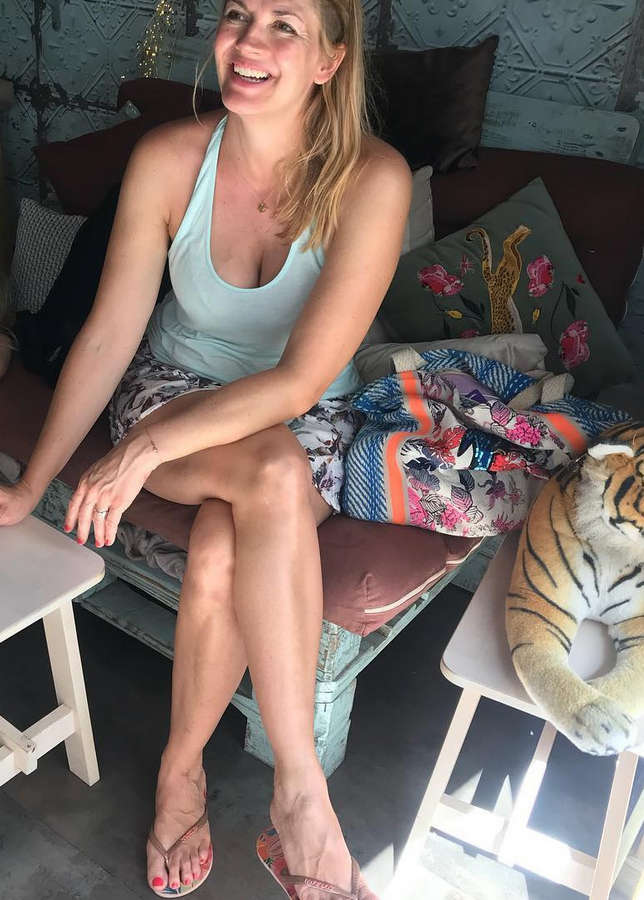 Nina Bott Feet