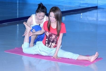Yi Lin Cai Feet