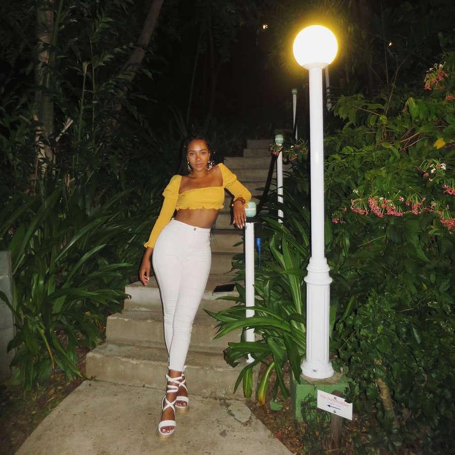 Yasmin Evans Feet
