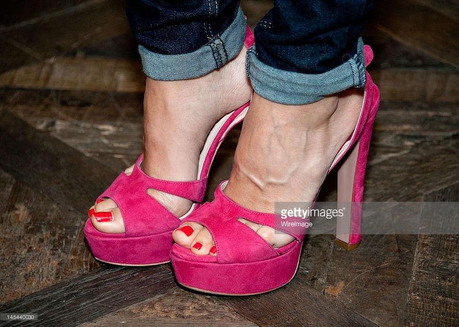 Elena Anaya Feet
