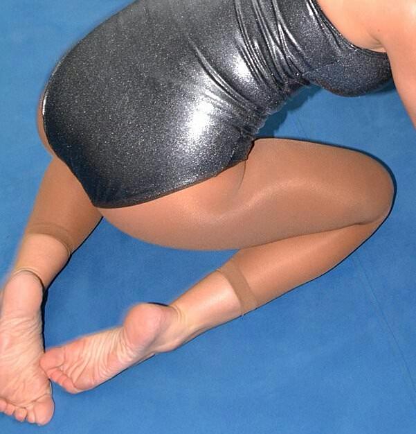 Santana Garrett Feet