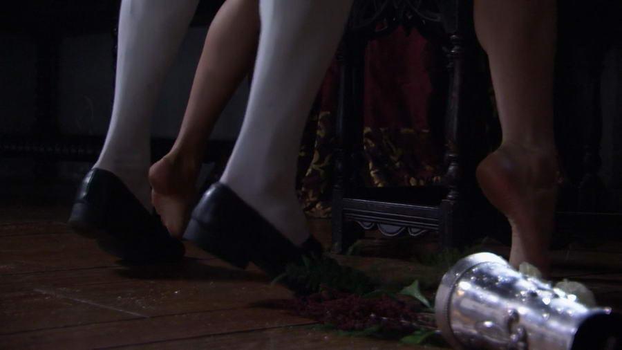 Joanne King Feet