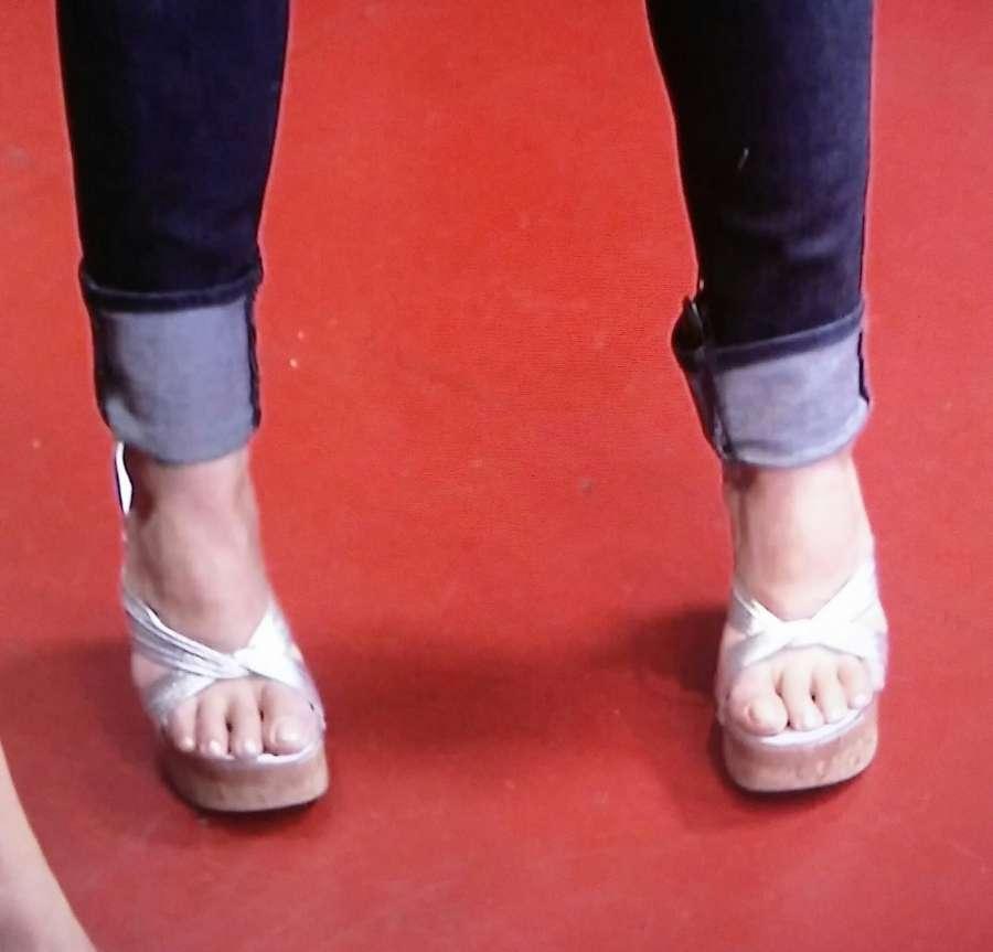 Kim Saigh Feet
