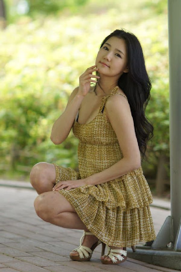 Yun Ha Kim Feet