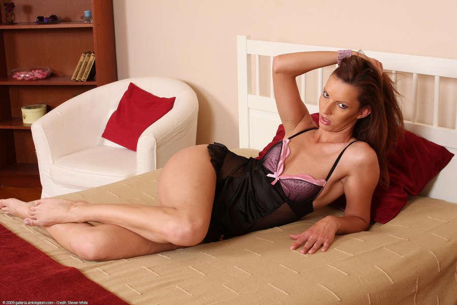 Alexandra Gold Feet