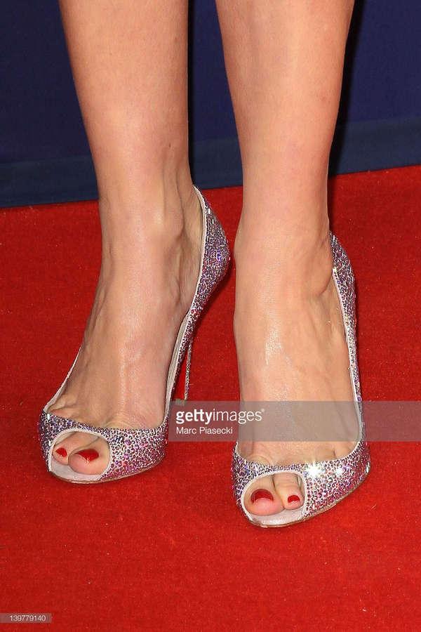 Karin Viard Feet