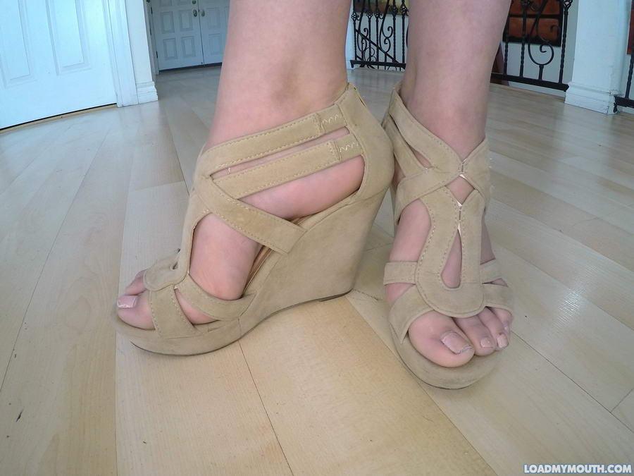 Ally Brooks Feet