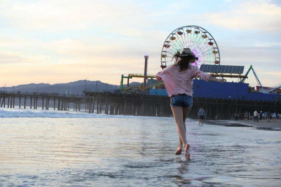 Samantha Munro Feet