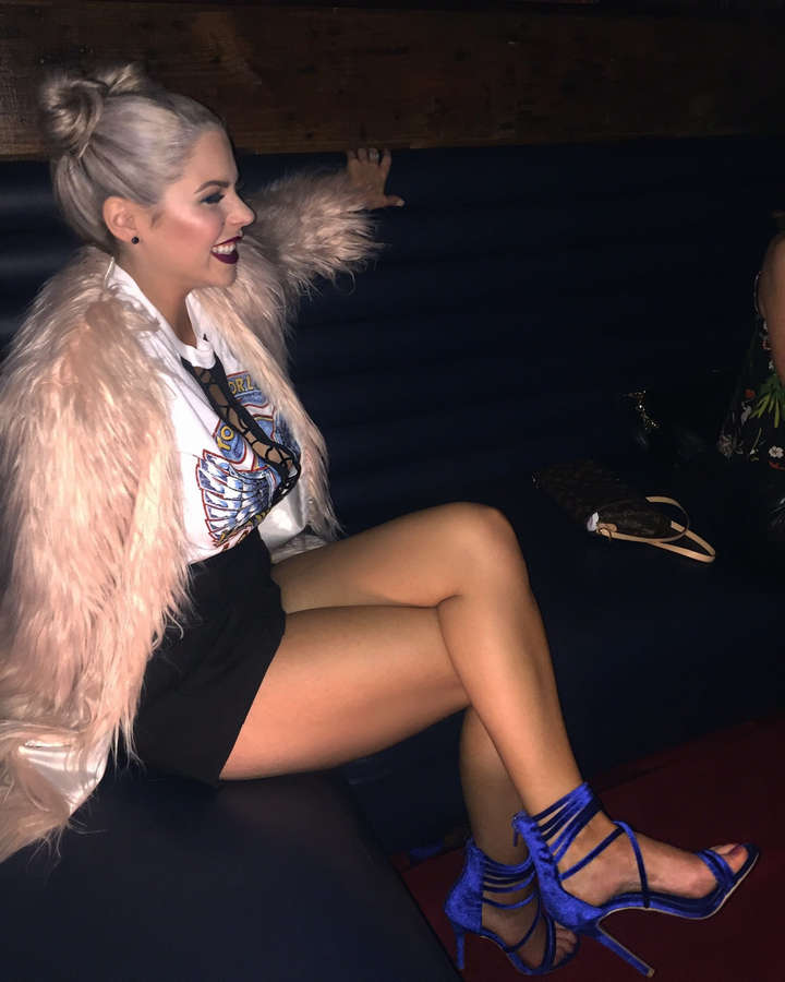 Elena Davies Feet