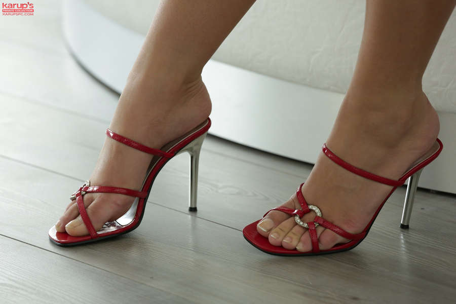 Kelly White Feet