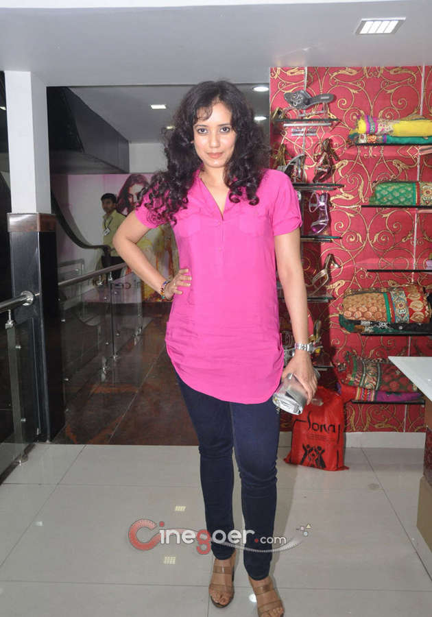 Shreya Narayan Feet