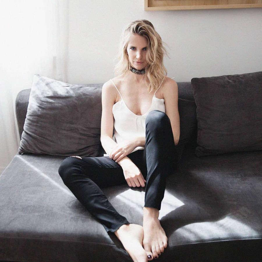Julieta Spina Feet
