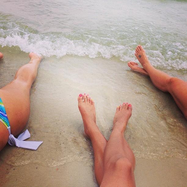 Ali Lee Feet