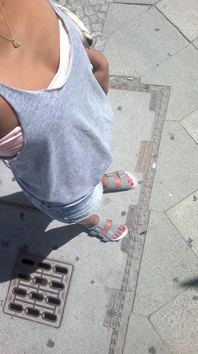 Hadnet Tesfai Feet