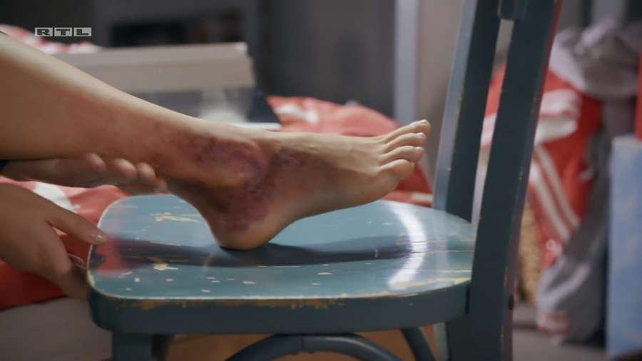 Cheyenne Pahde Feet