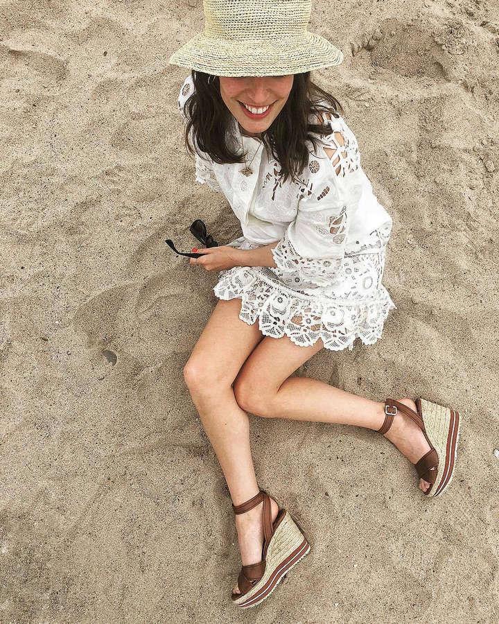 Laura Jackson Feet