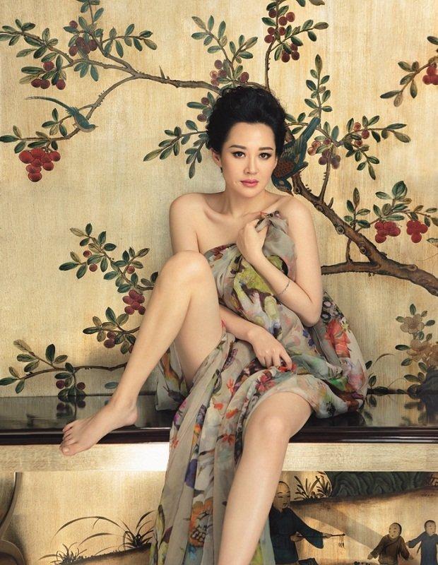 Qing Xu Feet