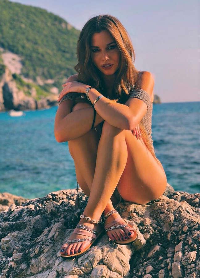 Maritina Andrioti Feet