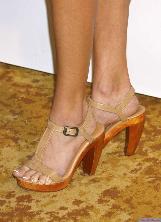 Danneel Harris Feet