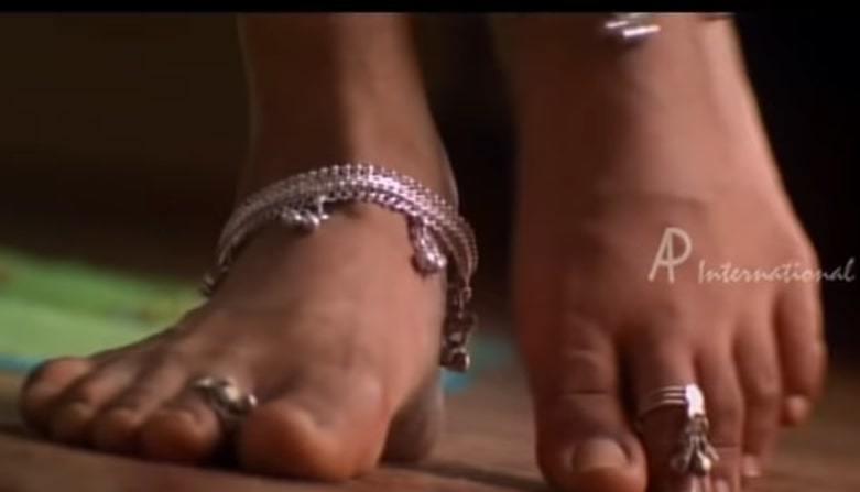 Reema Sen Feet