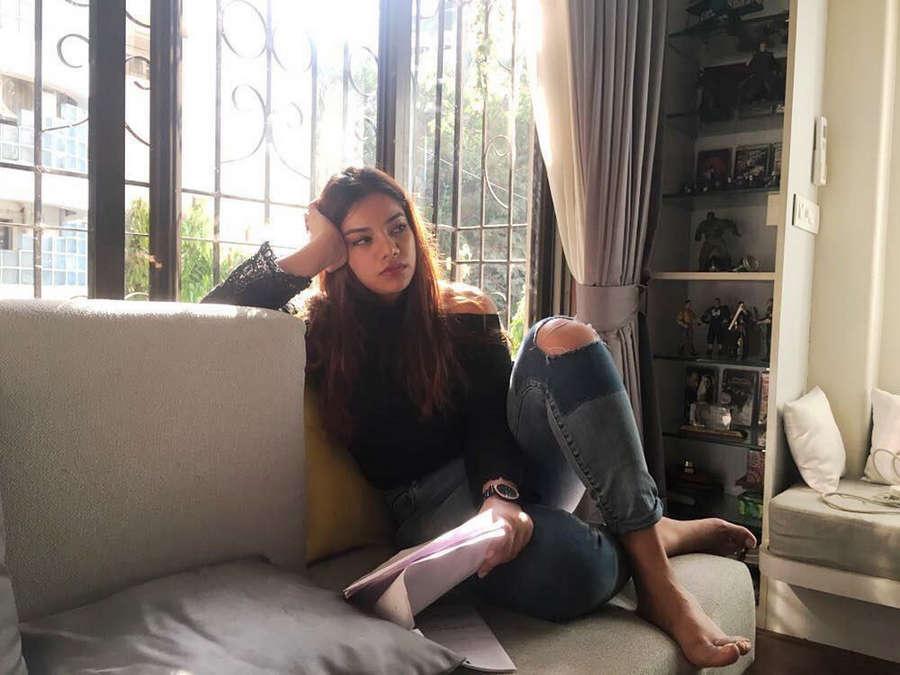 Nidhi Singh Feet