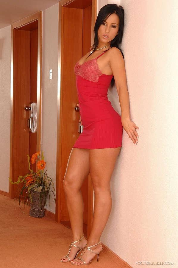 Simone Style Feet