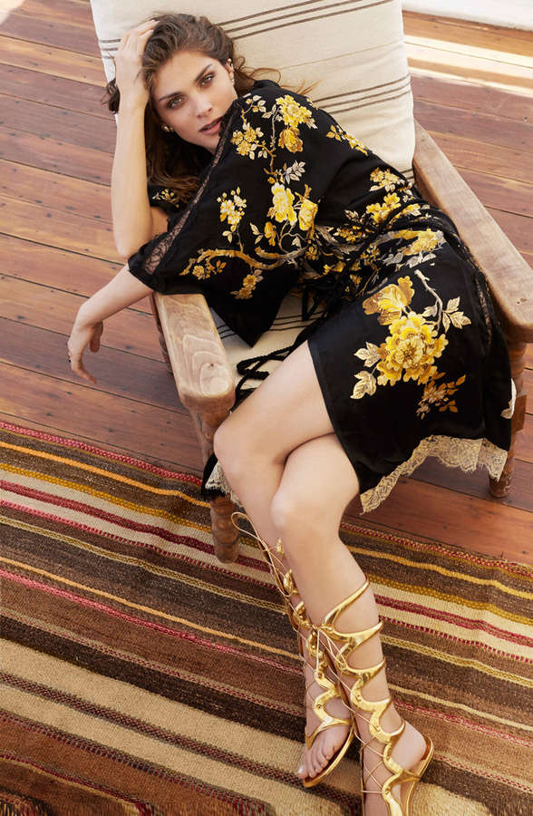 Elisa Sednaoui Feet