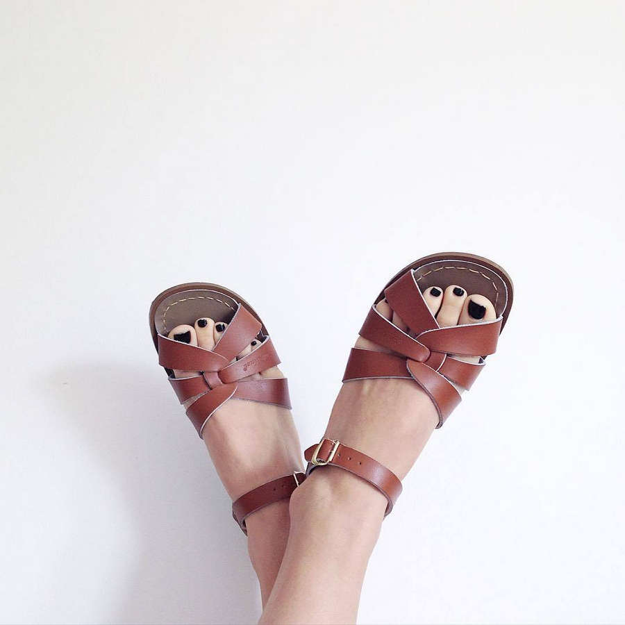 Saskia Burmeister Feet