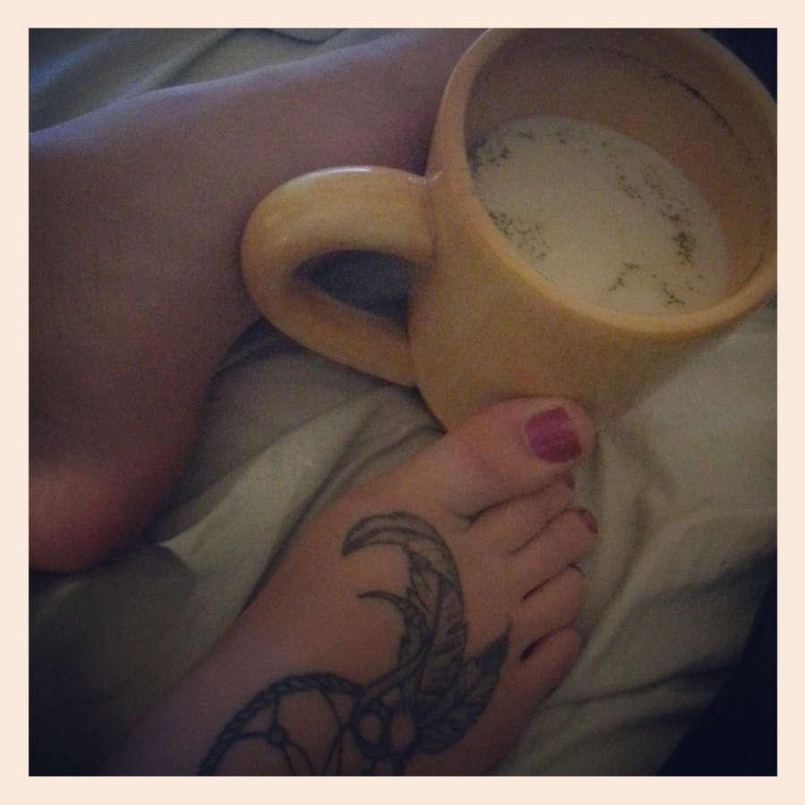 Alissa Avni Feet
