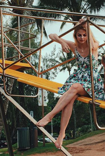 Allie Marie Evans Feet