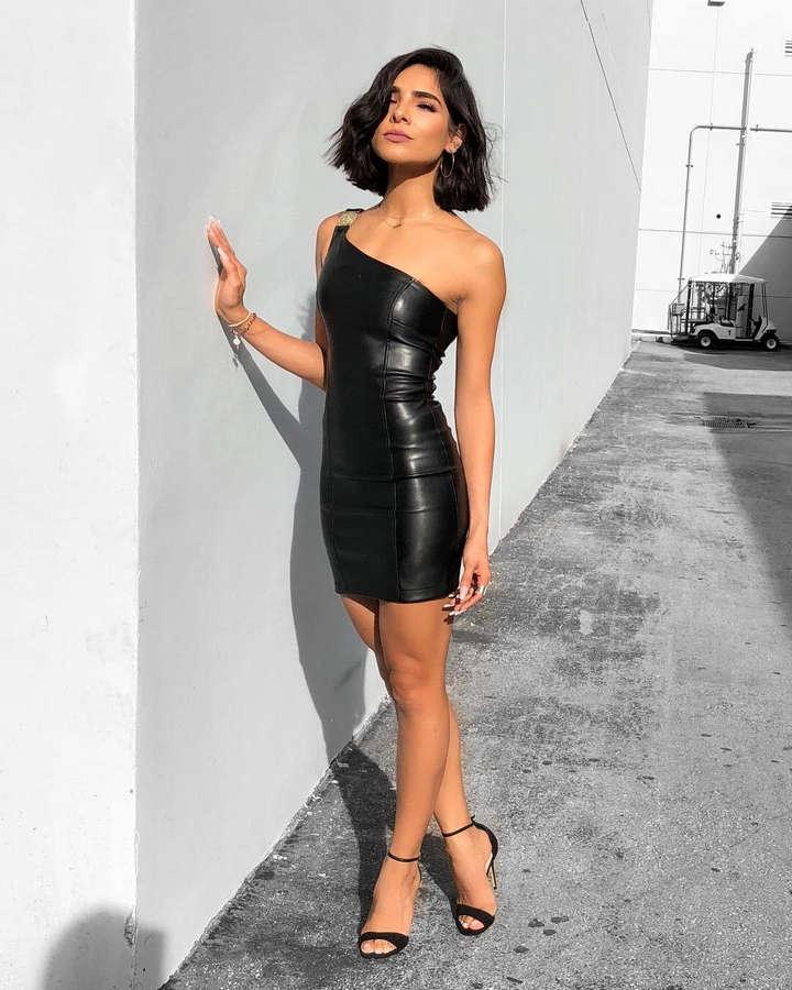 Alejandra Espinoza Feet