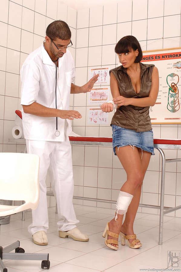 Veronika Vanoza Feet