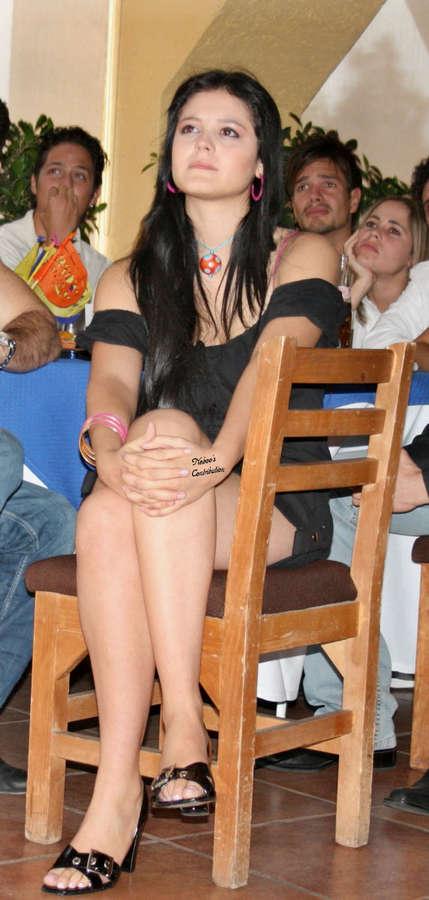Allisson Lozano Feet
