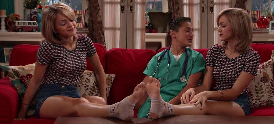 Oana Gregory Feet