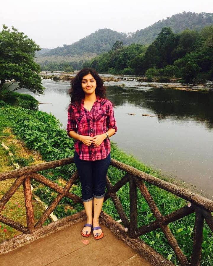 Gayathri Suresh Feet