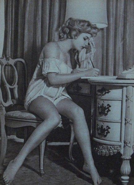 Lisa Gastoni Feet