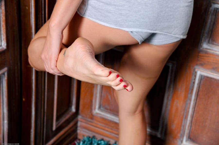 Hayden Bell Feet